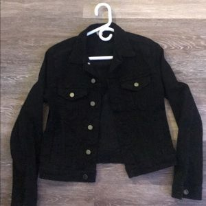 Super cute cropped black jean jacket